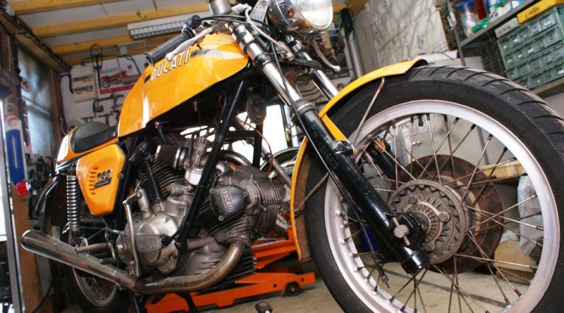Les règles à suivre pour construire un garage pour sa moto