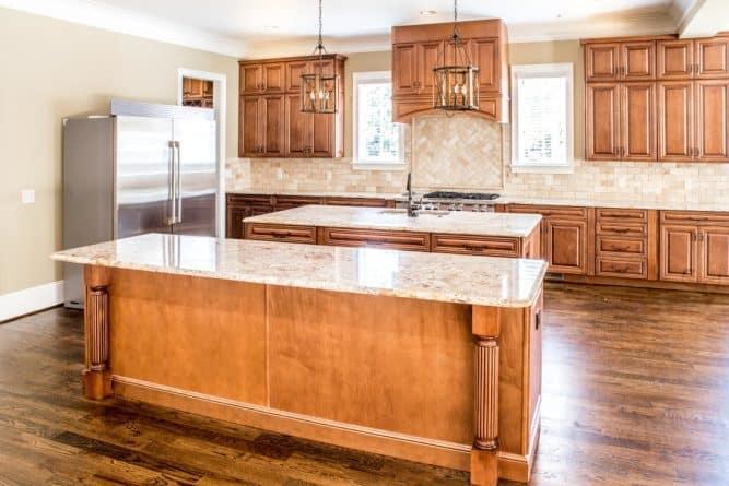 quelques bons conseils pour lessiver correctement le papier peint de la cuisine. Black Bedroom Furniture Sets. Home Design Ideas